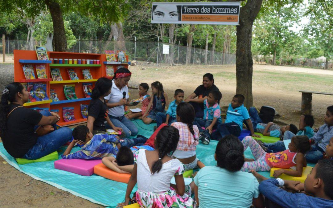 Más bibliotecas infantiles para las comunidades de Tierralta y Puerto Libertador en Colombia
