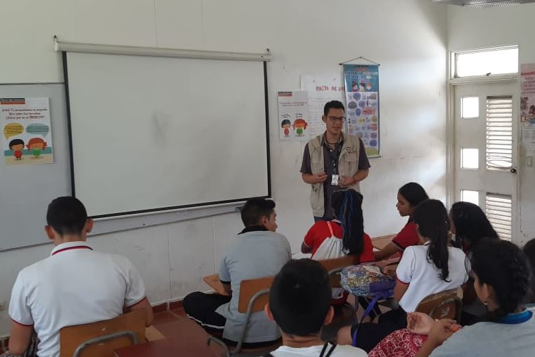 Exitosa jornada de capacitación en Derechos Humanos en la institución educativa La Garita en la frontera entre Colombia y Venezuela